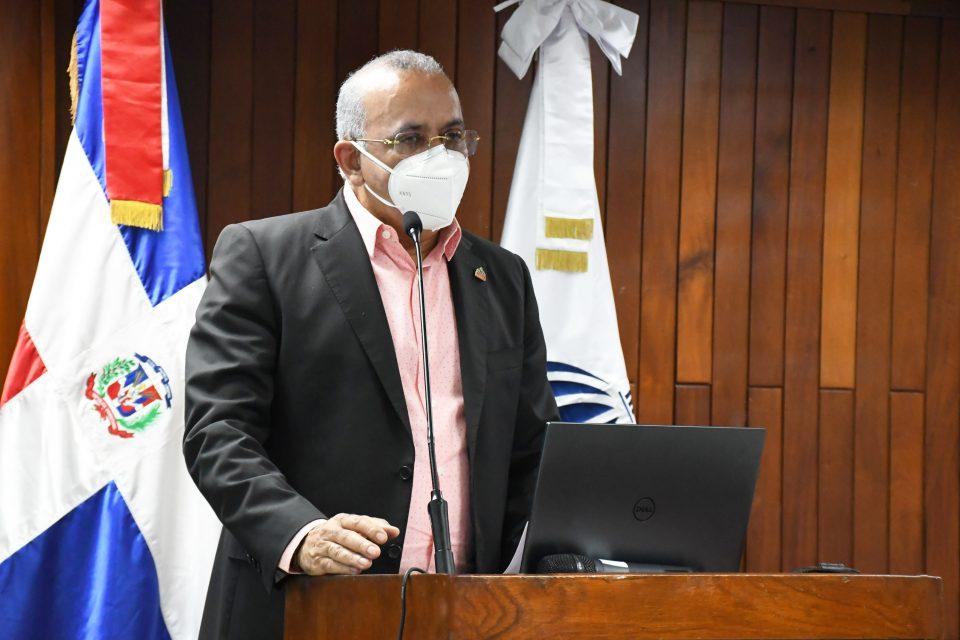 Plutarco Arias