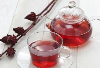 Chá de hibisco ajuda a emagrecer? veja o que é, como preparar, benefícios e muito mais!