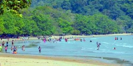 Pantai Pulau Datok kalimantan barat