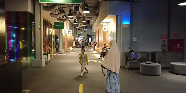 Lobby CGV Bekasi CyberPark