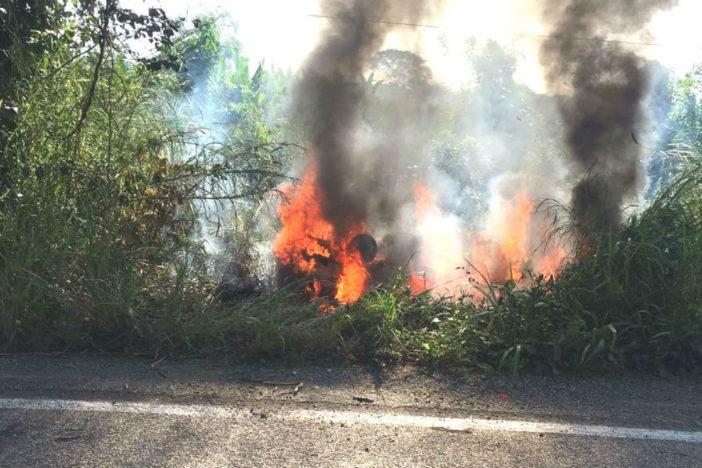 Ejecutan e incineran a tres policías en Tabasco