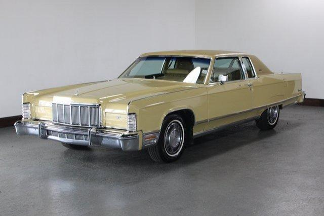Crawling From The Wreckage: 1977 Lincoln Continental Town Coupe