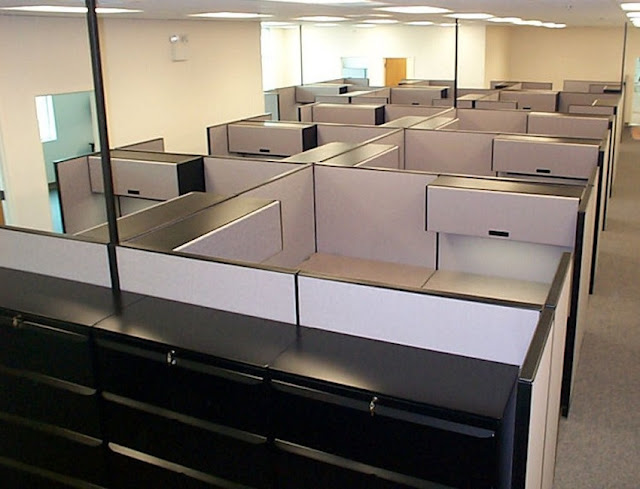 buy discount used office furniture Milwaukee WI for sale