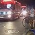 Acidente de trânsito foi registrado na noite deste sábado (31) na rua Padre José Tomaz, centro comercial de Cajazeiras, envolvendo dois carros