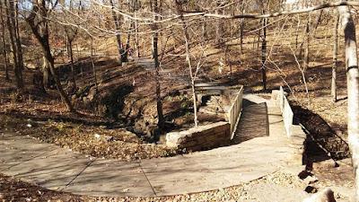 compton gardens walking trail
