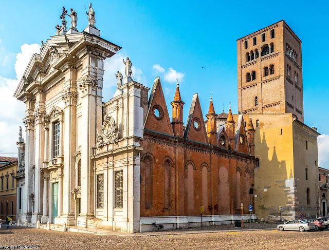 Duomo-chiesa-Mantova-architettura