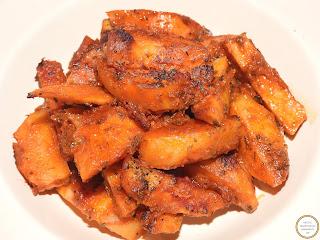 Cartofi la cuptor cu cimbru si usturoi reteta,
