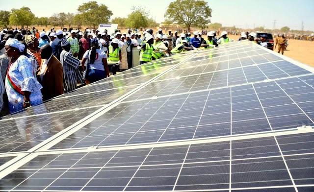 BURKINA FASO   Focus sur la centrale solaire de Pâ