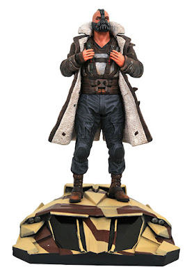 Diamond Select DC MOVIE GALLERY DARK KNIGHT RISES BANE PVC DIORAMA 001