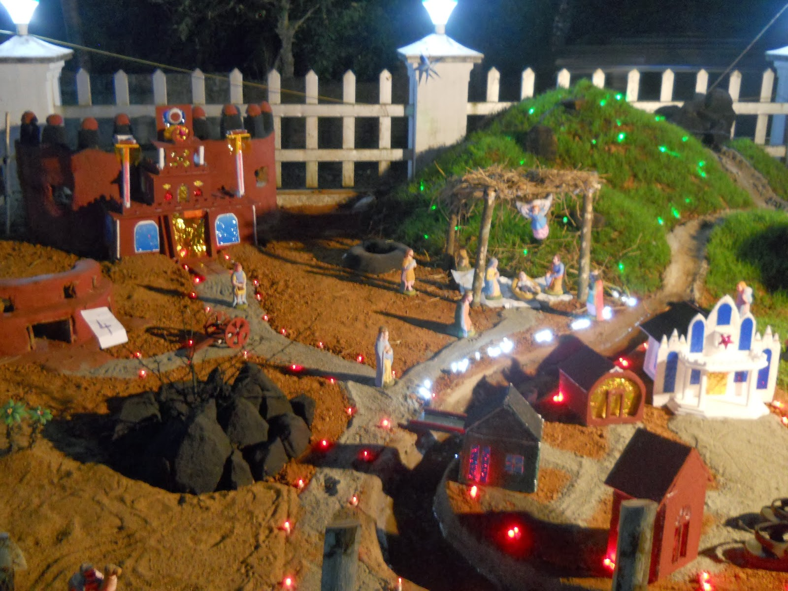JOSEPH S CHURCH MARAMKODE For CHRISTMAS In The Year 2013 These Are Cribs That Participate Crib Competition Conducted