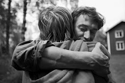 Hari Pelukan Nasional pada 21Januari, Ketahui 7 Makna Jenis Pelukan dari Pasangan