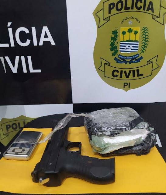 """Operação """"Franquia"""" na região de Oeiras prende acusados de trafico"""