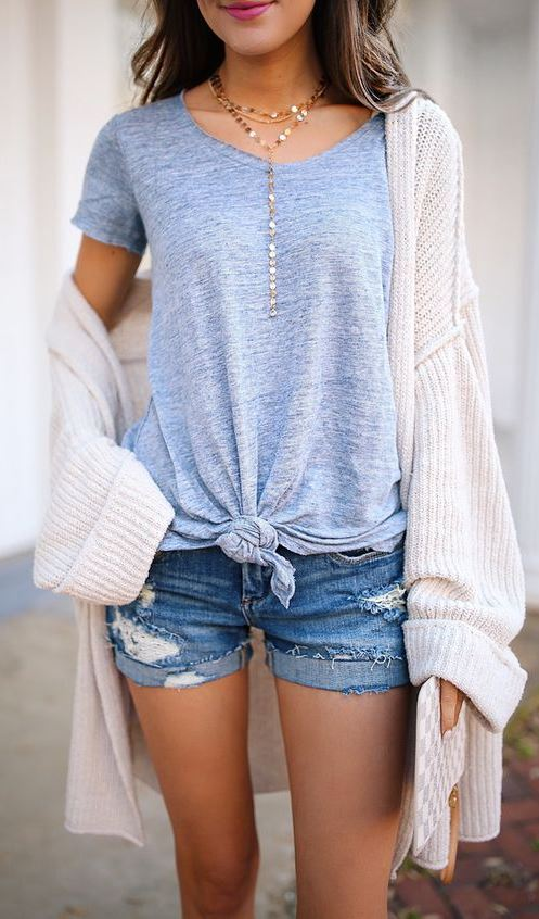 ootd / tee + knit cardi + denim shorts