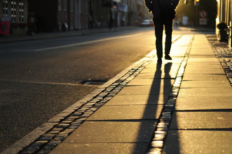 Homem infectado com Covid-19 está à solta pelas ruas da cidade