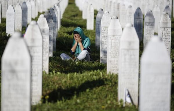 ما السنّة في زيارة القبور