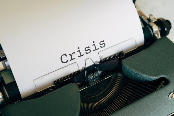 Estudo revela que quase metade dos jornalistas na Europa sente estar em perigo de perder o emprego