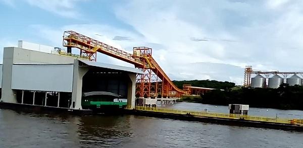 PARÁ: Governo assina contratos para uso de terminais portuários; Itaituba terá mais um porto
