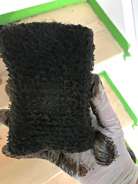 Stain sponge