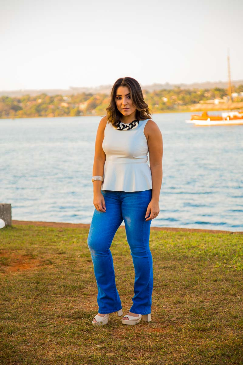 Look do dia: Blusa peplum e calça jeans e o porque de sermos únicos