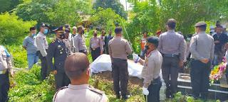 Kapolsek Pagar Merbau IPTU I.R Sitompul Mimpin Upacara Pemakaman AIPTU Yusuf Hatta Perwira Pane