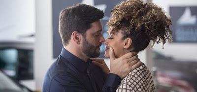 Caso entre Diogo (Armando Babaioff) e Gisele (Sheron Menezzes) será descoberto