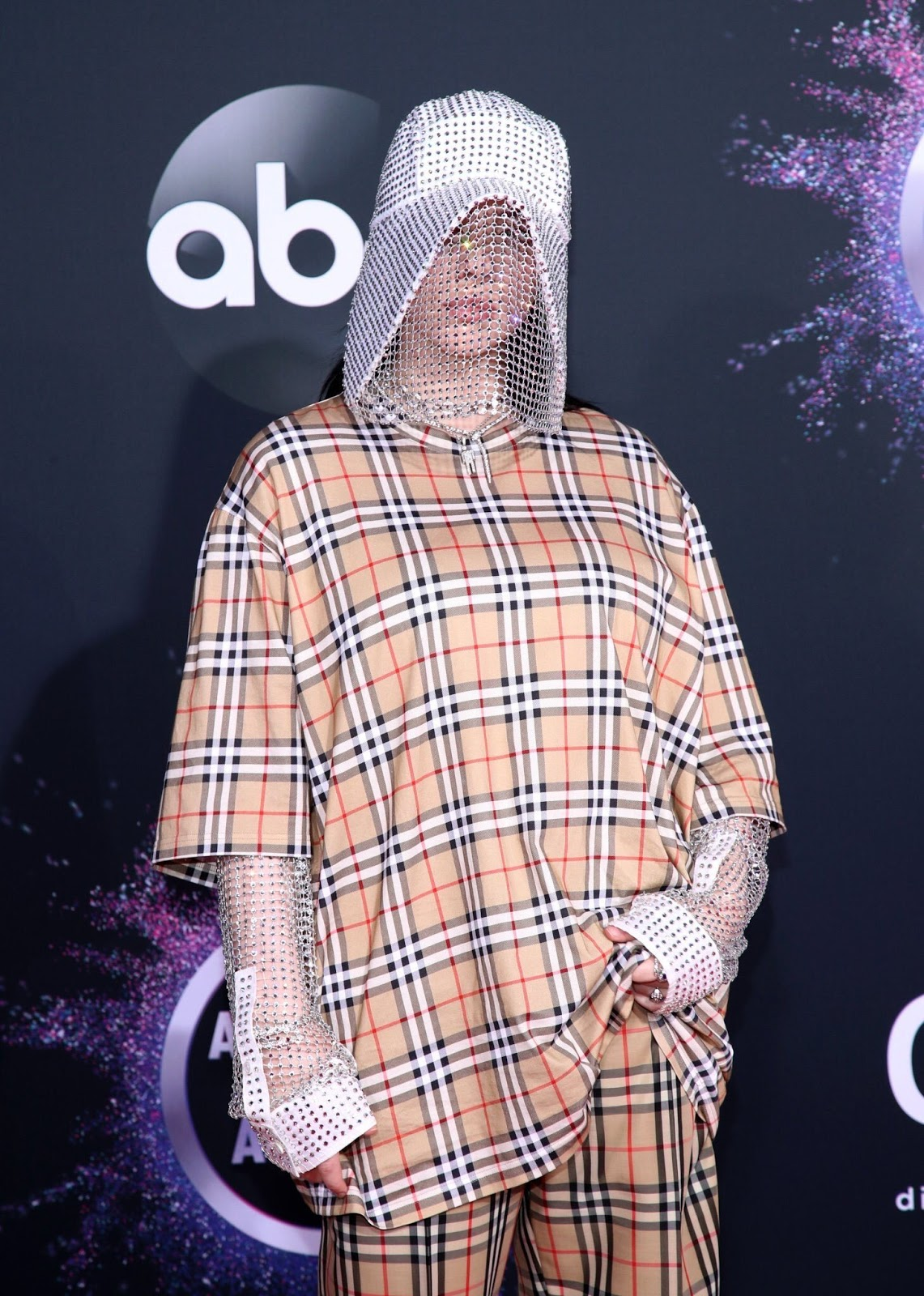 Billie Eilish Rocks 2019 AMAs Red Carpet in Quirky Plaid Look Ahead of First-Ever Awards Show Performance