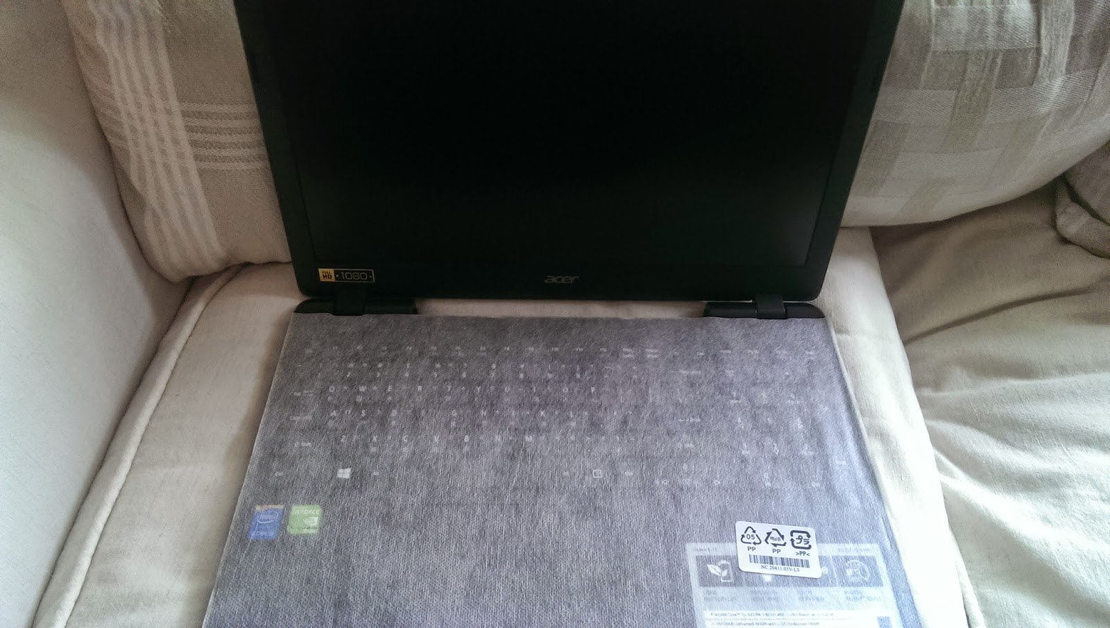 2015 03 22%2B12.13.18 - [開箱] Acer E5-572G i5-4210M 搭配NVIDIA 840G 2G獨顯