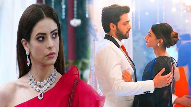 Bold ROMANCE : Anurag Prerna's intense bold romance puts Komolika on fire in Kasauti Zindagi Ki 2