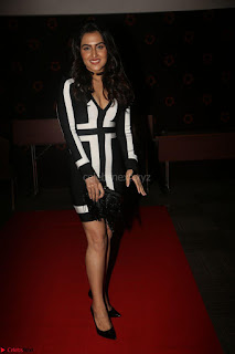 Ananya Soni in a Deep neck white blackl Dress at Shamanthakamani pre release function ~  Exclusive 080.JPG