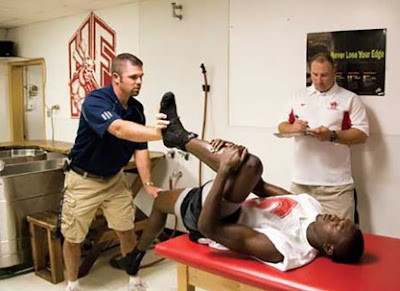 Athletes Should See a Sports Medicine Doctor