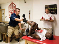 Top Reasons Why Athletes Should See a Sports Medicine Doctor