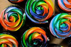 රේන්බෝ කප්කේක් (Rainbow Cupcakes) - Your Choice Way