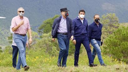 Decretos del presidente Danilo Medina dejaron sin funciones a 44 funcionarios
