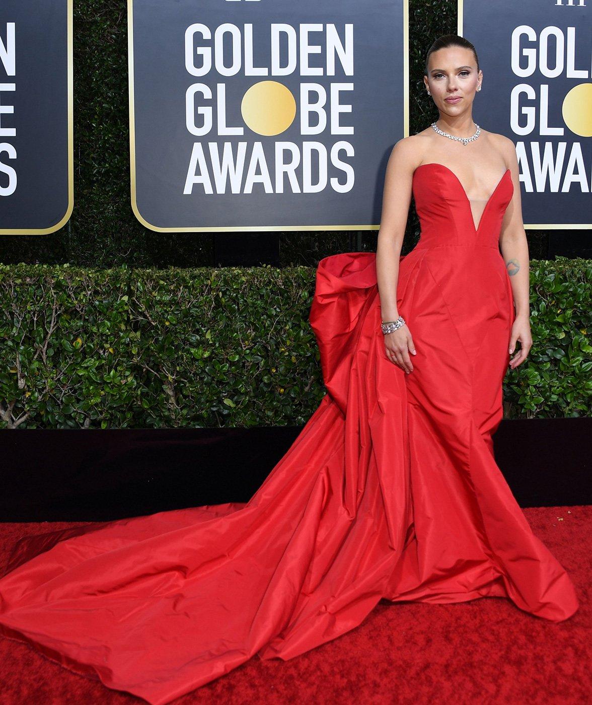 Scarlett Johansson drips glamour in Vera Wang at the 2020 Golden Globe Awards