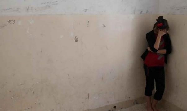 شاهد ماذا فعل تنظيم داعش بطفلة إيزيدية!