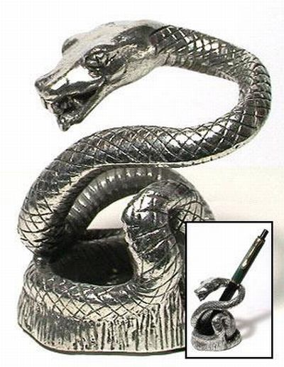 Serpiente de metal