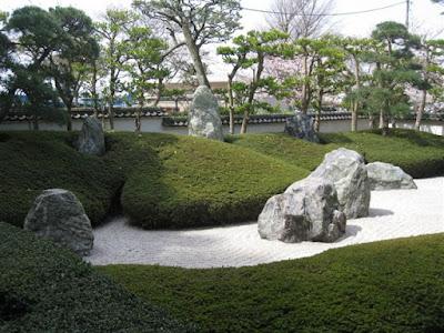 三尊五祖の石庭