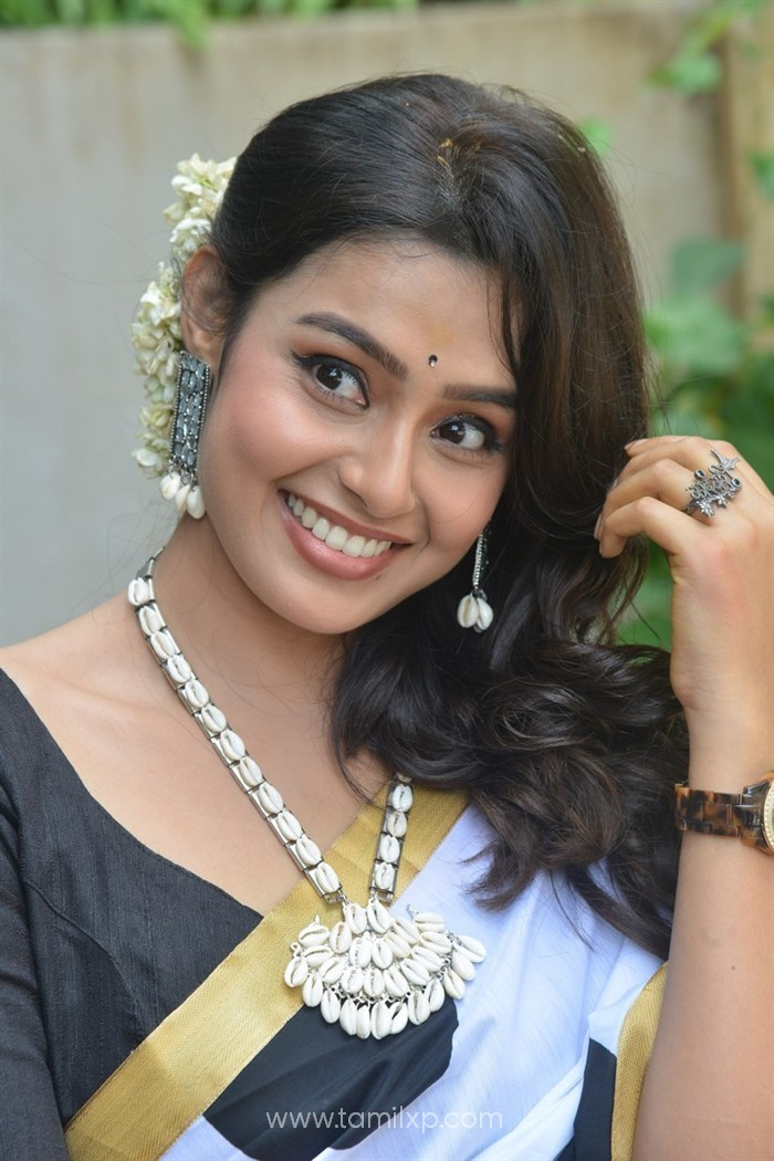 Telugu Actress Pritha Sengupta