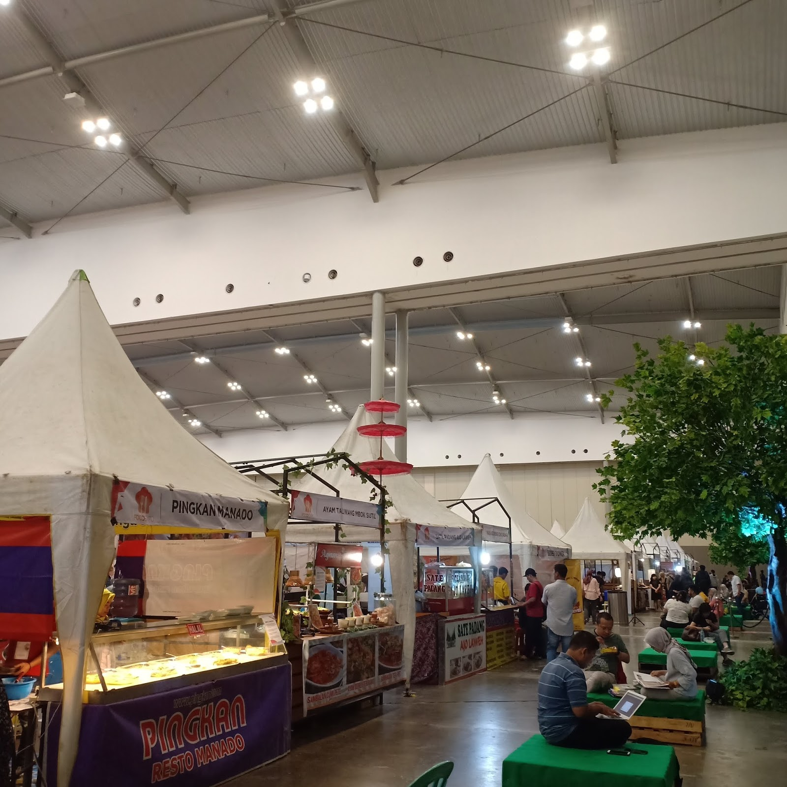 food court di big bad wolf jakarta