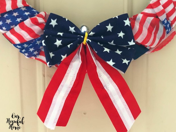 stars and stripes velvet bow wreath decor