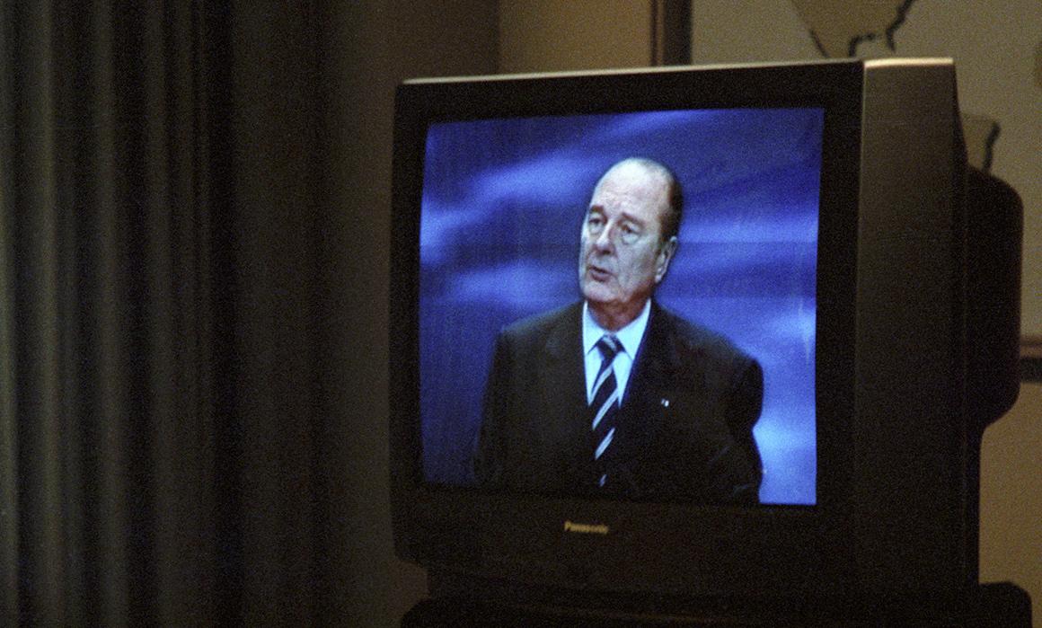 «Le bruit et l'odeur» des étrangers: 65% des Français «approuvent» cette sortie raciste de Jacques Chirac