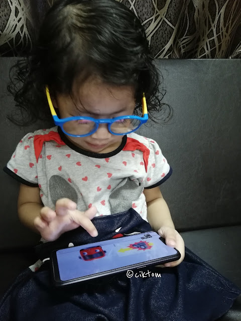 SaferOptics protects kids from blue light in mobile smart phone ipad