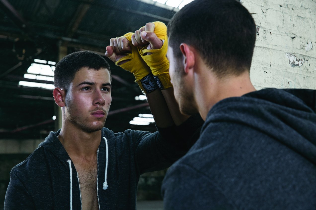 Nick_Jonas_sexy_kingdom_boone