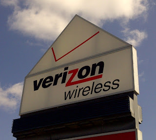 Verizon Wireless store sign