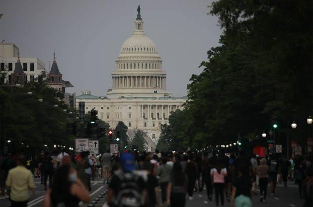 Demo Kematian George Floyd Semakin Brutal, Menjalar hingga ke Gedung Putih dan Capitol Hill