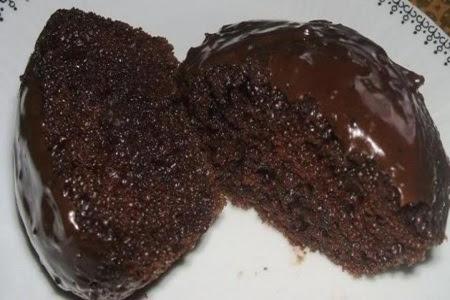 como-fazer-bolo-de-chocolate-molhadinho