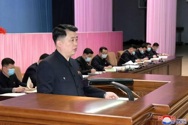 Pak Chol Min, chairman of Kimilsungist-Kimjongilist Youth League CC