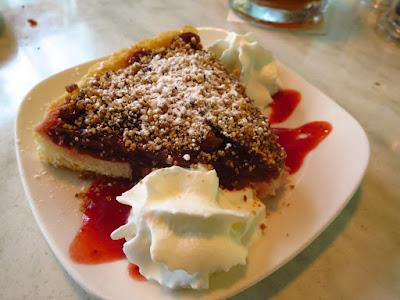 Huber's Bistro, plum cake