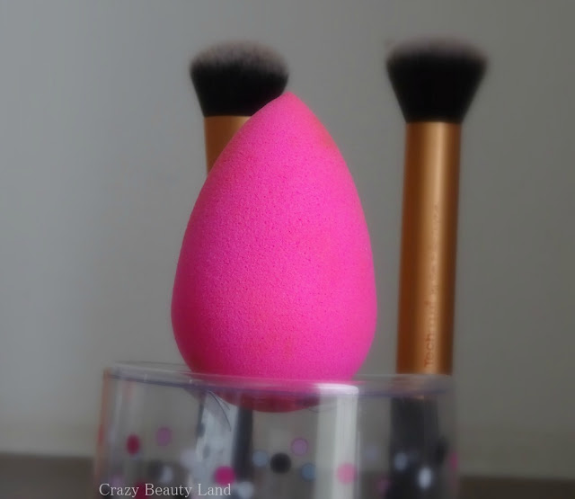 How To Use The Original Beauty Blender in India Worth the Hype?