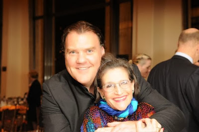 Karen with Bryn Terfel (New York, 2006)